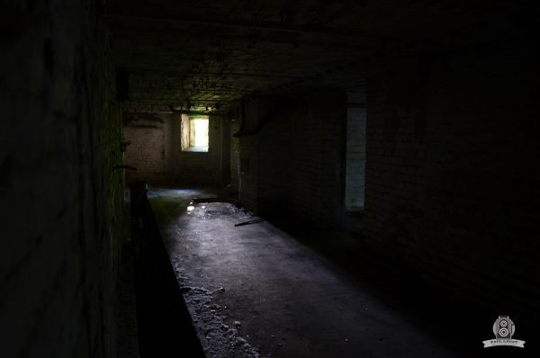 Dark alley – URBEX © Paul LECAT Photography